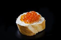 röd smörgås för kaviar fotografering för bildbyråer
