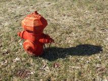 Röd Squate Fireplug Arkivfoto