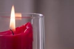 Röd stearinljusbränning Royaltyfri Bild