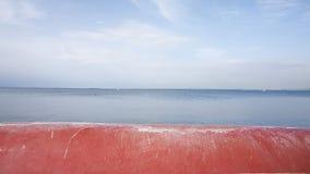 Röd strandsjösida Fotografering för Bildbyråer