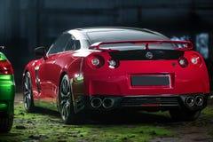 Röd-svart Nissan GT-R trimma Fotografering för Bildbyråer