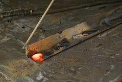 röd svetsning för varm metalwork royaltyfri bild