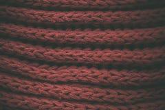 Röd tappning stack tygtextur och bakgrund för formgivare Tappning stucken bakgrund Övre sikt för slut av röd abstrakt textur Royaltyfri Foto
