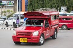 Röd taxi Chiang Mai, för passagerare från bussstation Royaltyfri Bild