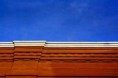 Röd tegelstenbyggnad arkivbilder