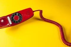 Röd telefon för tappning Royaltyfria Bilder