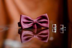 röd tie för bow Royaltyfri Bild