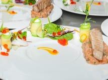 Röd tonfisk- och laxtandsten Fotografering för Bildbyråer