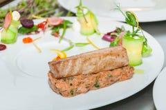 Röd tonfisk- och laxtandsten Royaltyfria Bilder