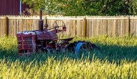 röd traktortappning Royaltyfria Bilder