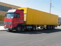 röd truck2 royaltyfri bild