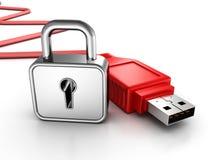 Röd usb-kabel med padlocken. begrepp för datasäkerhet Arkivbild