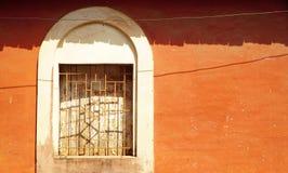 Röd vägg 3 Arkivbild