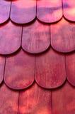 Röd vertikal textur Arkivbilder