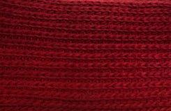Röd vinterhalsdukcloseup Fotografering för Bildbyråer
