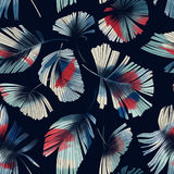 Röd-vit palmblad Arkivfoton