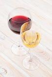 röd vit wine för exponeringsglas Arkivfoto