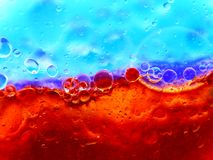 röda blåa bubblor Royaltyfri Fotografi