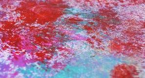 Röda blåa färger, suddig måla vattenfärgbakgrund, abstrakt målningvattenfärgbakgrund fotografering för bildbyråer