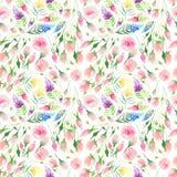 Röda, blåa, lila- och gulingvildblommor Ender för delikat gullig elegant älskvärd blom- färgrik vårsommar och rosa rosor med gree Royaltyfri Fotografi