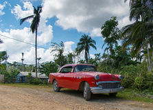 Röda Buick arkivfoton