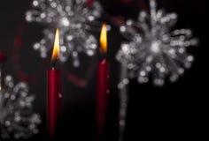 röda burning stearinljus Royaltyfri Bild