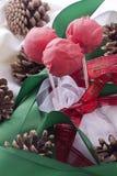 Röda cakepops arkivfoto