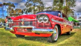 Röda Chrysler Plymouth Arkivfoton