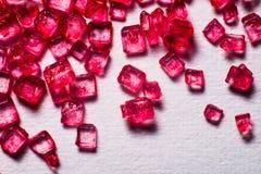 Röda crystal lollies Arkivbilder