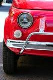 Röda Fiat 500 Arkivbilder