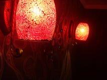 Röda glass lampor Arkivbilder