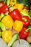 Röda, gröna och gula söta spanska peppar Fotografering för Bildbyråer