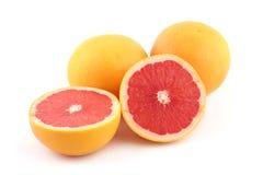 röda grapefrukter Arkivfoton
