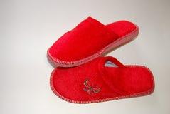röda häftklammermatare royaltyfria bilder