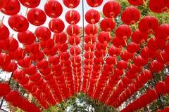 röda kinesiska lyktor Arkivfoton