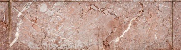 Röda marmortegelplattor Royaltyfri Bild