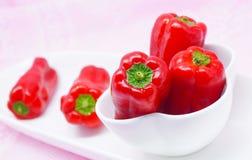 Röda nya spanska peppar, söt peppar Royaltyfri Fotografi