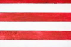 Röda och vita plankor Arkivfoton