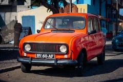 Röda Renault 4 TL Royaltyfri Bild