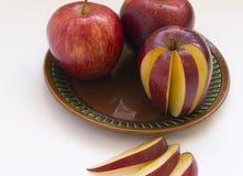 Röda saftiga Apple Royaltyfri Foto
