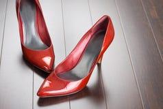 röda sexiga skor Fotografering för Bildbyråer