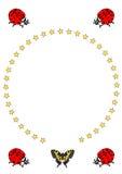 röda skalbaggar, en fjäril och en cirkel av stjärnor Royaltyfri Illustrationer