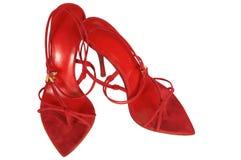 Röda skor på en hög häl Fotografering för Bildbyråer