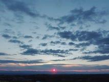Röda skyes Fotografering för Bildbyråer