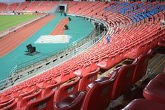 Röda stadionplatser Royaltyfri Bild