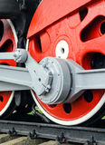 Röda stora tokiga hjul Arkivbilder