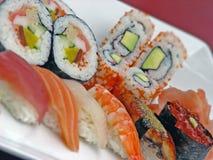 röda sushi Arkivfoto