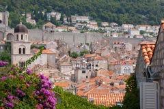 Röda tak av Dubrovnik, Kroatien Fotografering för Bildbyråer