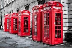 Röda telefonaskar, Westminster, London Royaltyfri Foto
