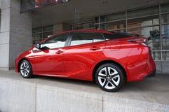Röda Toyota Prius Arkivfoton
